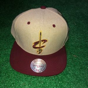 Cavs Mitchell & Ness Hat